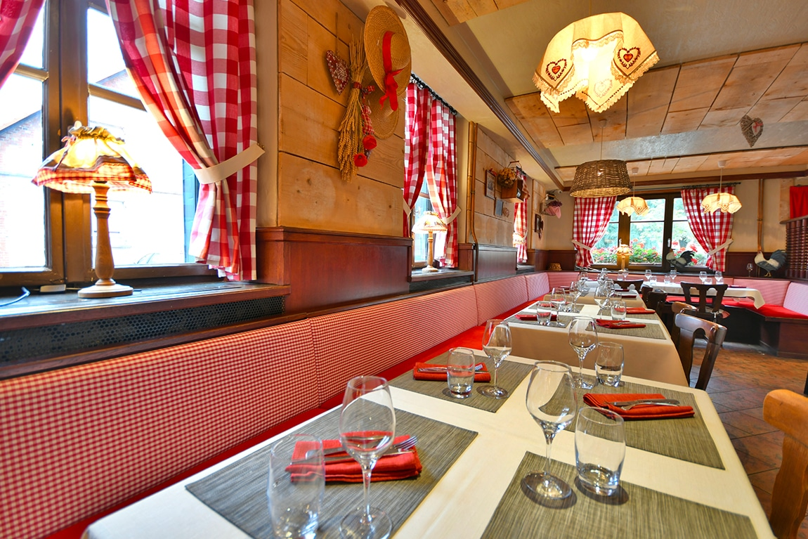 Restaurant Au Cheval Noir Herrlisheim - Photo salle